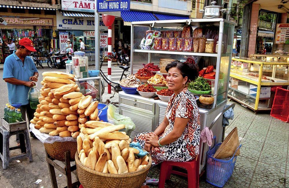 Food vendor lady